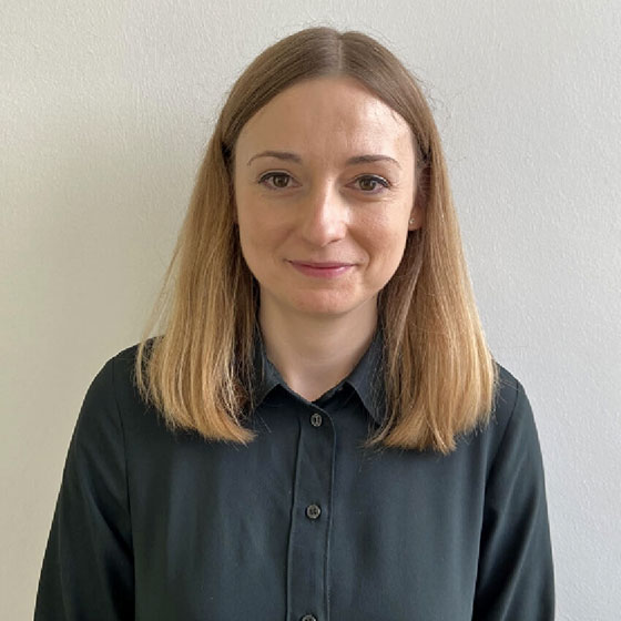 Dr. Julita Mikulec