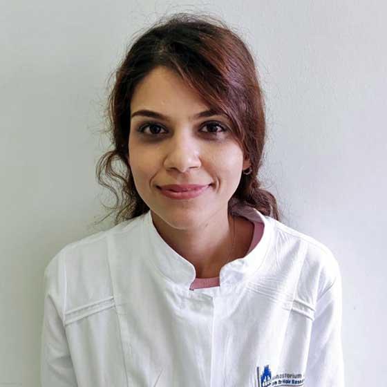 Elnaz Salim